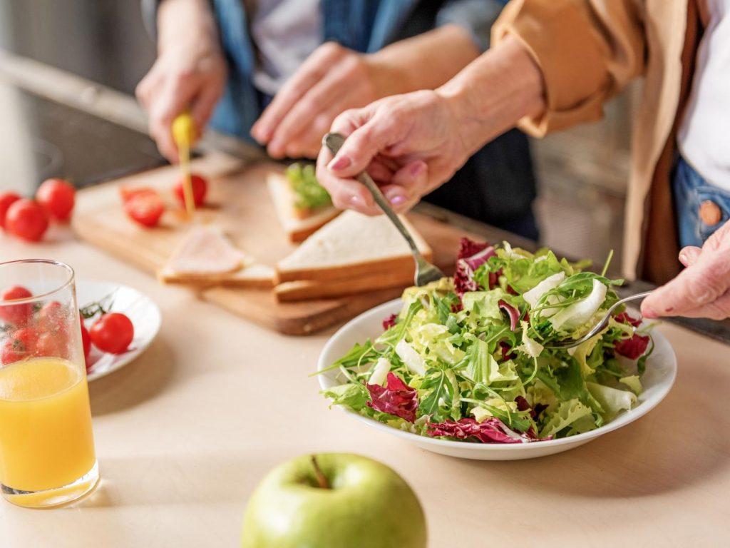 healthy salad meal prep